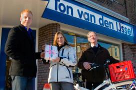 Ton van den IJssel Tweewielers geeft iPad2 weg bij aanschaf Dutch ID stadsfiets