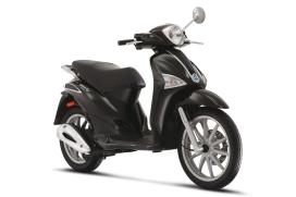 Piaggio-dealer over scooters doorleveren in 2013