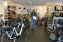 Eerste Provinciewinnaars Tweewielerwinkel van het Jaar bezocht