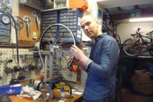 Fietsenmaker Hermans erkend als Ambachtsman