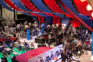 Dynamo Retail Event in circussferen