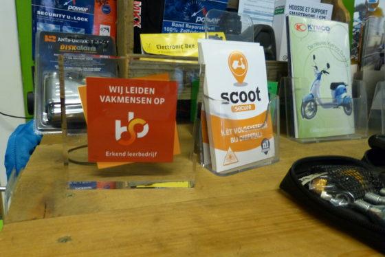 ScooterSMART is Provinciewinnaar Flevoland in de verkiezing Tweewielerwinkel van het Jaar 2018. Foto's Redactie Tweewieler
