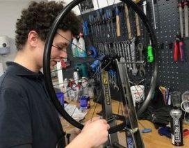 Student Fietstechnicus Automotive College finalist Skills Heroes